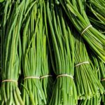 What Herbs Grow Well With Chives? Easy Guide!