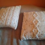 How To Fluff A Pillow? 2 Awesome Ways To Do So!