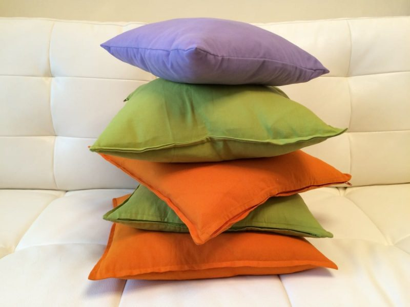 how to spot clean a pillow
