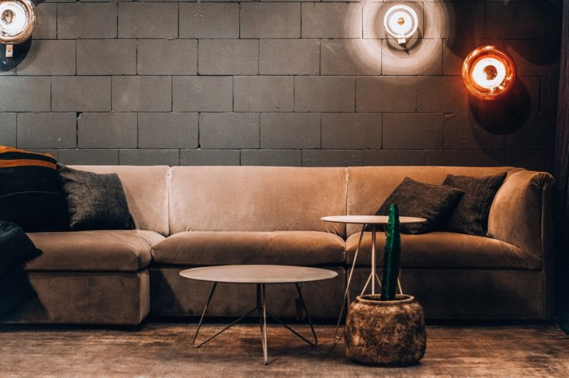 What pillow color for dark brown couch