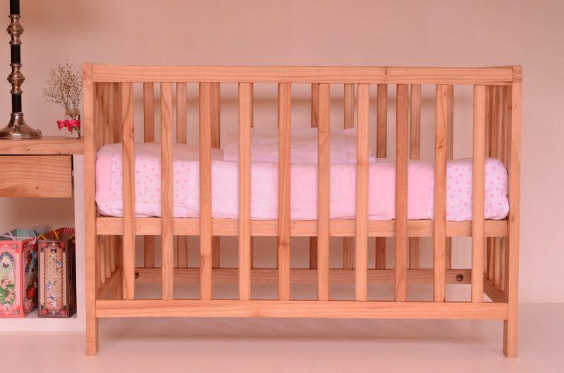 How high should crib mattress be for newborn