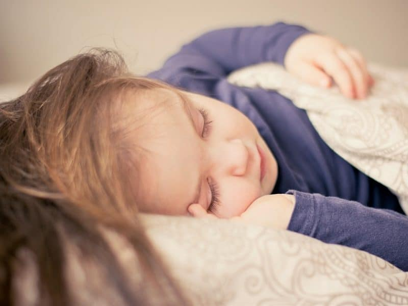 what size mattress fits a toddler bed
