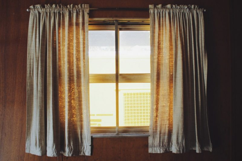 how to measure windows for curtains