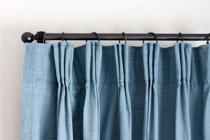 how to pinch pleat curtains