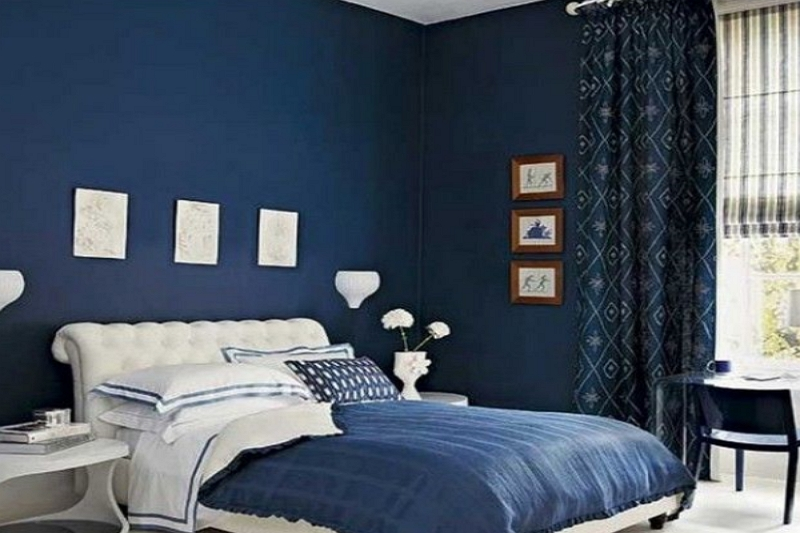 What Color Curtains go With Dark Blue Walls