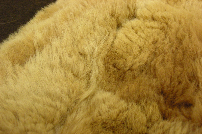how to make a fur blanket