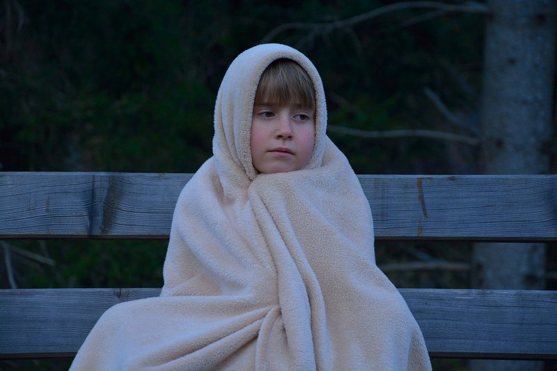 how to make a hooded blanket