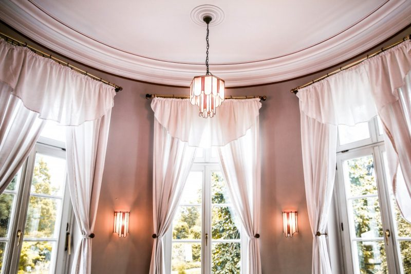 how to hang curtains with clip rings