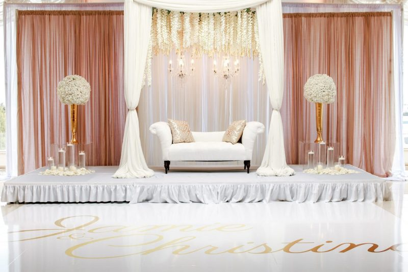 smart ways on how to make balloon curtains